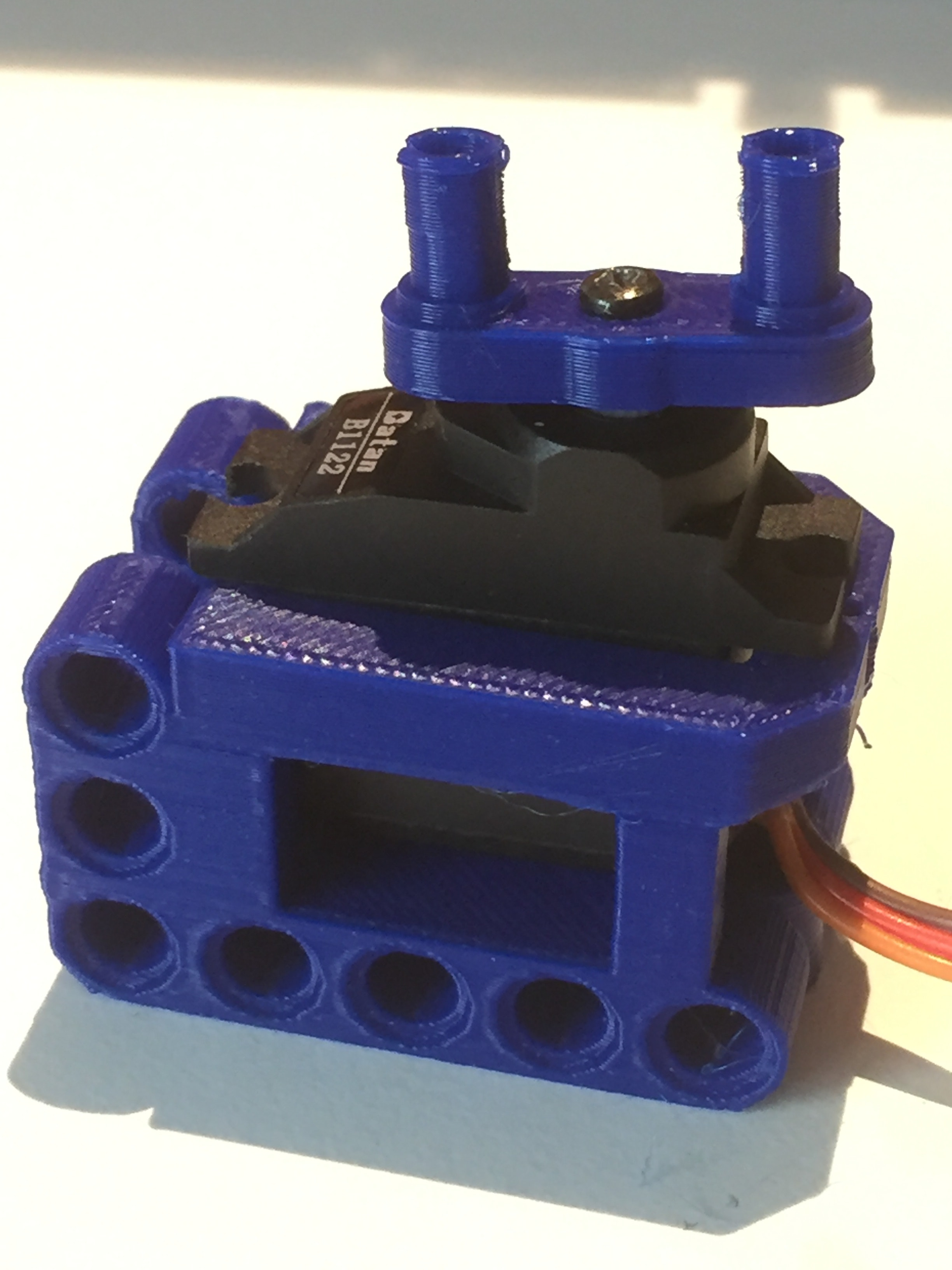 3D printed lego parts for mini-servo: a littleBits Project by dbddv01